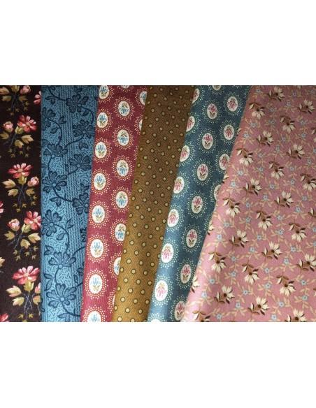 Tela patchwork Crystal Farm de Edyta Sitar rosa flores pequeñas doradas