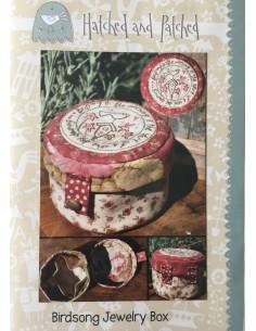 Patrón joyero en patchwork de Anni Downs Birdsong Jewelry Box