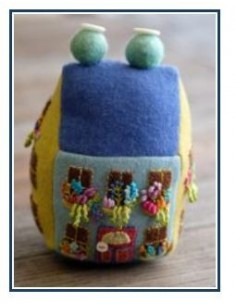Kit alfiletero Sue Spargo Blooming Bungalow pincushion