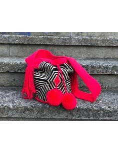 Bolso Wayuu auténtico flúor, negro y beis