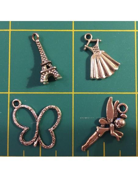 Pack de 4 charms en color plata torre, mariposa, campanilla, vestido