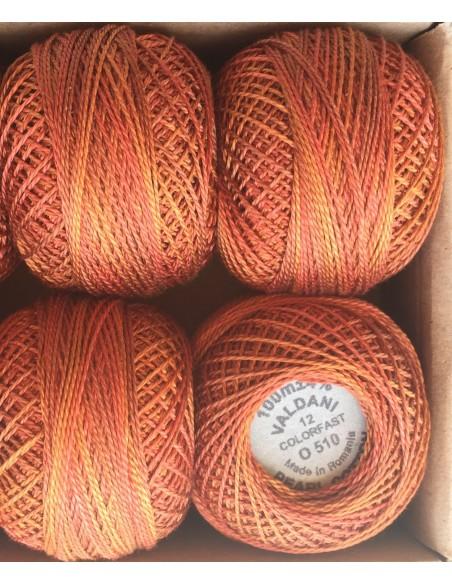 1 Ovillo hilo perlé Valdani naranja caldero matizado O 510