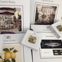 Han llegado los primeros kits con el nuevo embalaje. Espectaculares 😍! Thanks @ebneedlepoint #thewoolcollection   #tapestry #ebneedlepoint #ebneedlepointonline #patchwork #crossstitch #mediopunto #victoriancrossstitch #kitsdeviaje #ebneedlepointeurope #hobbies #elizabethbradley #patchwork #tiendaonline #manualidadesonline #kitsana